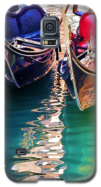 Galaxy S5 Case featuring the digital art Gondola Love by Brian Davis