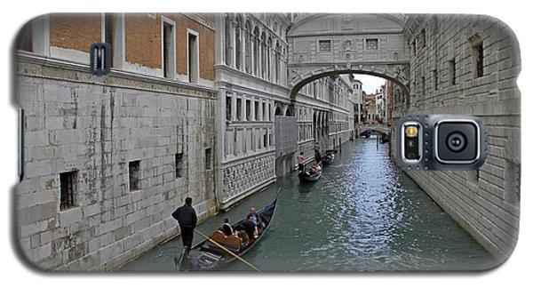 Gondolas Under Bridge Of Sighs Galaxy S5 Case