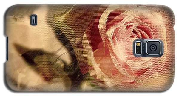 Gone With The Wind Romantic Rose Close-up Galaxy S5 Case