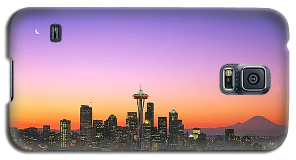 Good Morning America. Galaxy S5 Case by King Wu