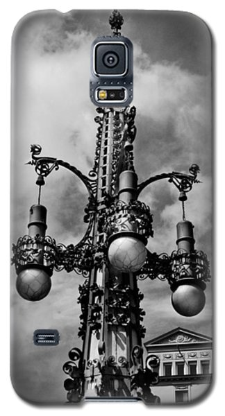Gothic Lamp Post In Barcelona Galaxy S5 Case