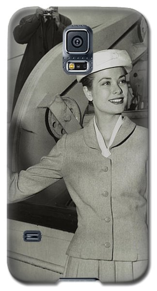 Grace Kelly In 1956 Galaxy S5 Case by Mountain Dreams