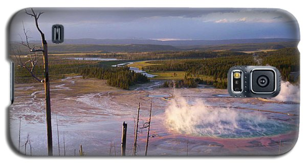 Galaxy S5 Case featuring the photograph Grand Prismatic At Dusk by Jon Emery