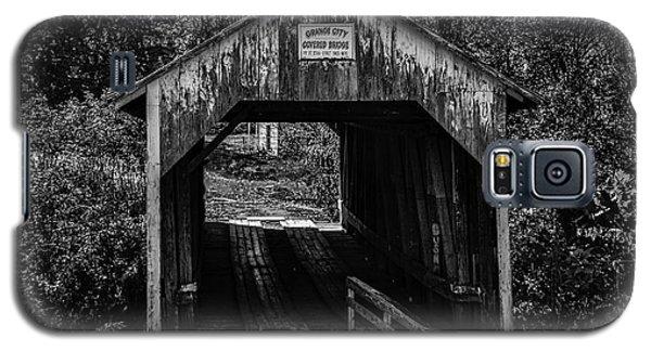 Grange City Covered Bridge - Bw Galaxy S5 Case