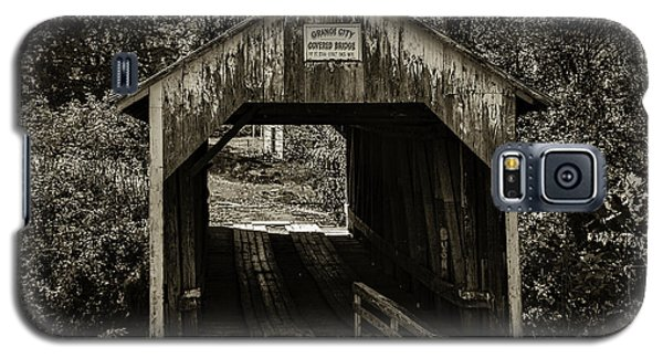 Grange City Covered Bridge - Sepia Galaxy S5 Case