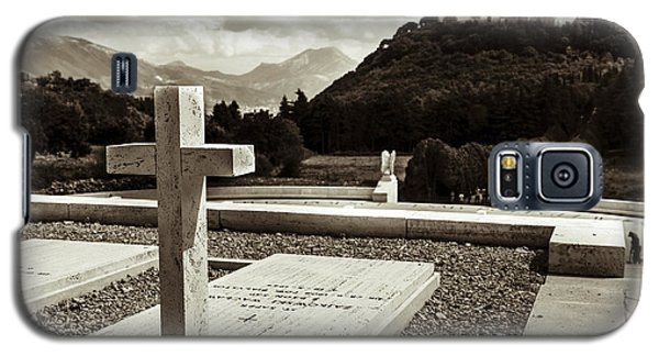 Gravestones In The Polish Cemetery Standing Proud Towards The Ab Galaxy S5 Case