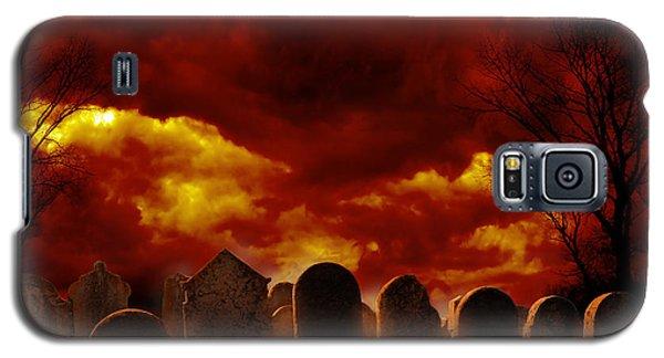 Graveyard Galaxy S5 Case