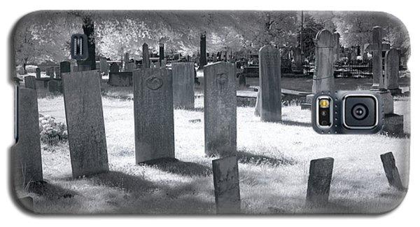 Graveyard Galaxy S5 Case by Terry Reynoldson