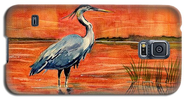 Great Blue Heron In Marsh Galaxy S5 Case by Melly Terpening