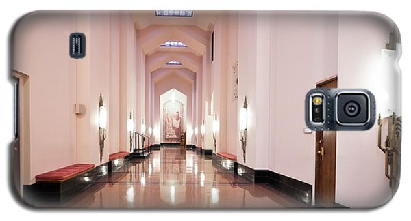 Galaxy S5 Case featuring the photograph Great Hall by Lawrence Burry