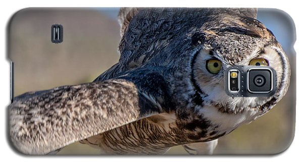 Great Horned Owl In Flight - Coming At-cha Galaxy S5 Case