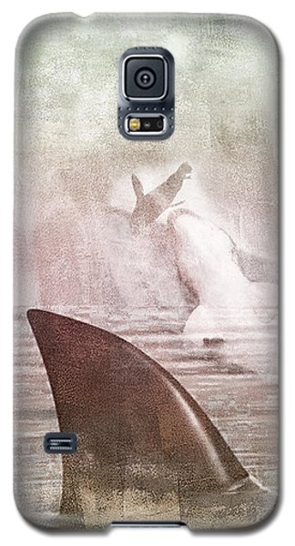 Galaxy S5 Case featuring the digital art Great White Attack by Davina Washington