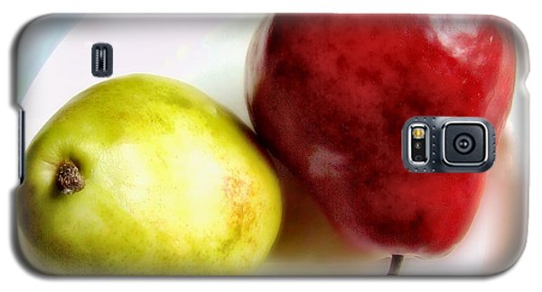 Green And Red Pears Still Life Galaxy S5 Case by Louise Kumpf