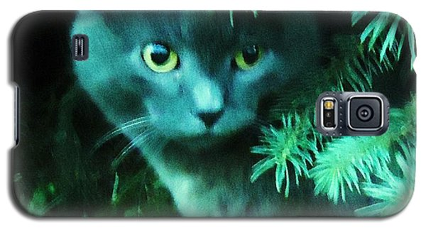 Galaxy S5 Case featuring the photograph Green Eyes by Leslie Manley