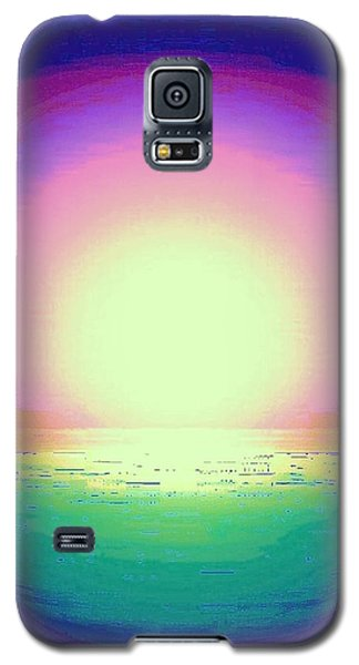 Galaxy S5 Case featuring the photograph Green Water by Shirley Moravec