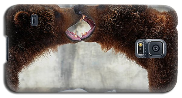 Galaxy S5 Case featuring the photograph Grizzly Bears Facing Off by Jerome Lynch