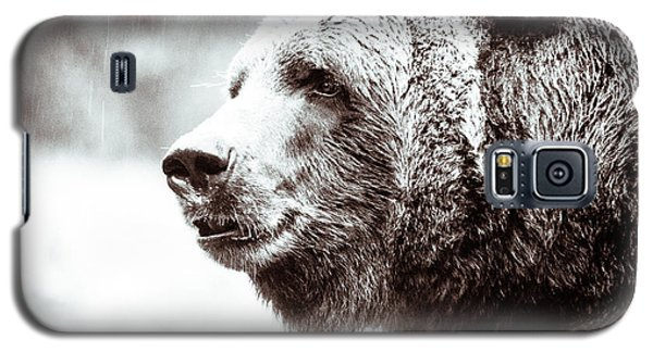 Galaxy S5 Case featuring the photograph Grizzly In Black And White by Wade Brooks