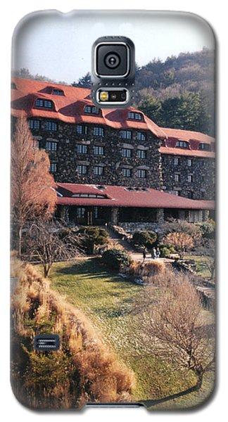 Grove Park Inn In Early Winter Galaxy S5 Case