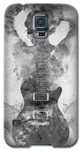 Guitar Siren In Black And White Galaxy S5 Case by Nikki Smith
