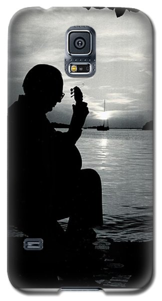 Guitarist By The Sea Galaxy S5 Case by The Art of Alice Terrill