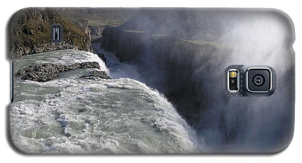 Galaxy S5 Case featuring the photograph Gullfoss by Christian Zesewitz