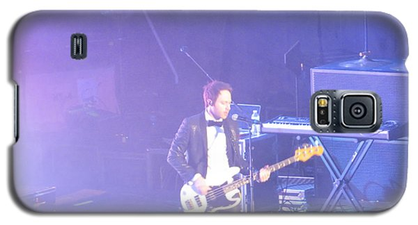 Galaxy S5 Case featuring the photograph Gutair Player For Royal Taylor by Aaron Martens