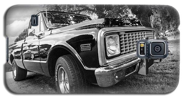 Halcyon Days - 1971 Chevy Pickup Bw Galaxy S5 Case