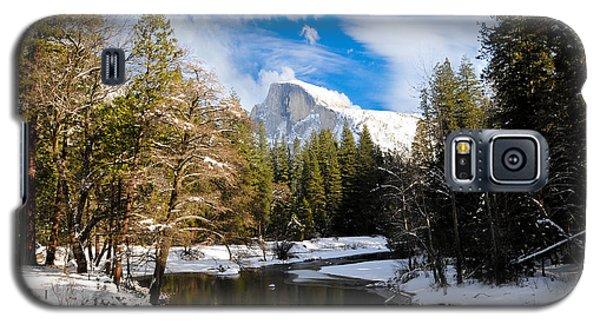 Half Dome In Winter Galaxy S5 Case by Bonnie Fink