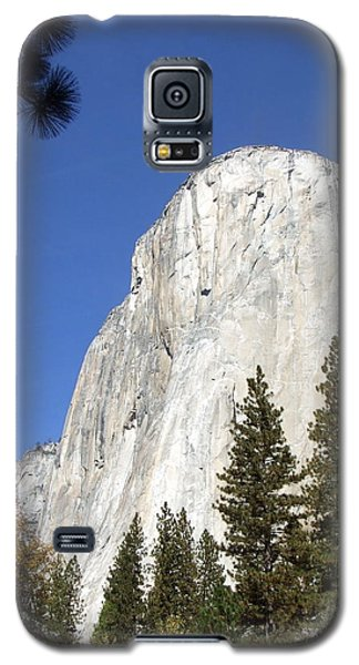 Galaxy S5 Case featuring the photograph Half Dome Yosemite by Richard Reeve