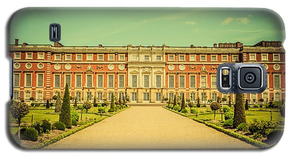 Hampton Court Palace Gardens As Seen From The Knot Garden Galaxy S5 Case
