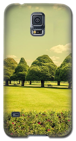 Hampton Court Palace Gardens Summer Colours Galaxy S5 Case