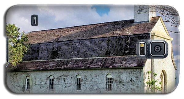 Galaxy S5 Case featuring the photograph Hana Church 4 by Dawn Eshelman
