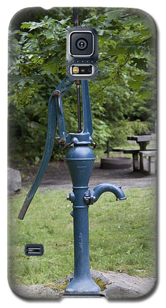 Hand Water Pump 03 Galaxy S5 Case by S and S Photo