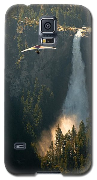 Hang Glider In Yosemite National Park Galaxy S5 Case