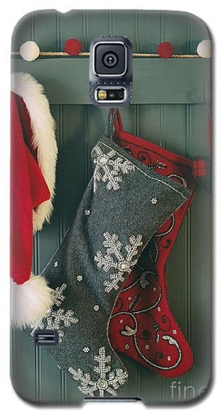 Hanging Stockings And Santa Hat On Hook Galaxy S5 Case