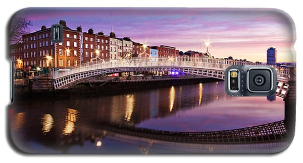 Hapenny Bridge At Dawn - Dublin Galaxy S5 Case
