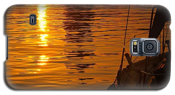 Galaxy S5 Case featuring the photograph Harbour Sunset by Clare Bevan