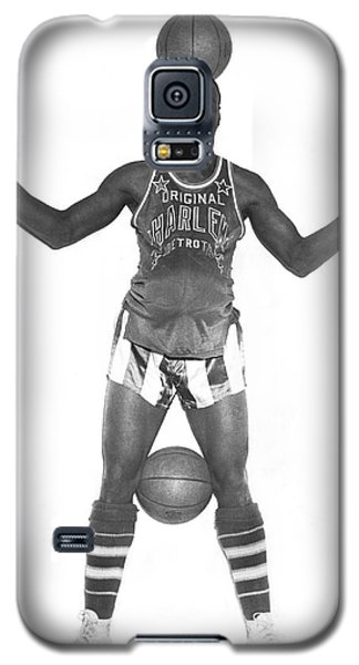 Harlem Globetrotters Player Galaxy S5 Case by Underwood Archives