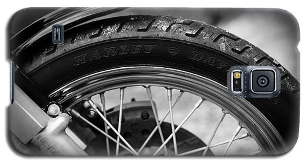 Galaxy S5 Case featuring the photograph Harley Davidson Tire by Carsten Reisinger