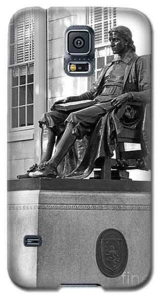 John Harvard Statue At Harvard University Galaxy S5 Case by University Icons