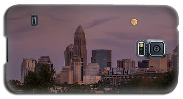 Galaxy S5 Case featuring the photograph Harvest Moon Over Charlotte by Serge Skiba