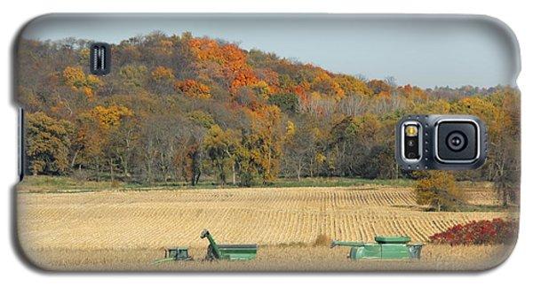 Harvesting Iowa Corn  Galaxy S5 Case by Yumi Johnson