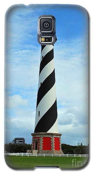 Galaxy S5 Case featuring the photograph Hatteras Lighthouse by Bob Sample