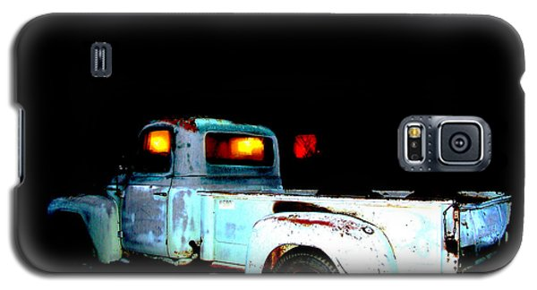 Galaxy S5 Case featuring the digital art Haunted Truck by Cathy Anderson