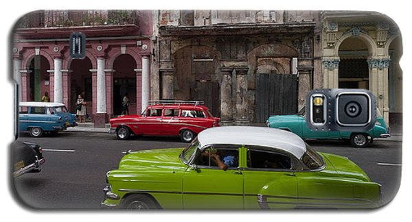 Galaxy S5 Case featuring the photograph Havanna Traffic by Juergen Klust