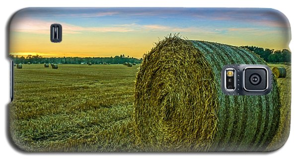 Hay Bales Before Dusk Galaxy S5 Case