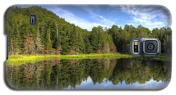 Haystack Mountain And Pond Galaxy S5 Case