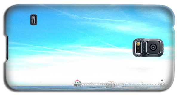 Galaxy S5 Case featuring the photograph Hb Pier 7 by Margie Amberge