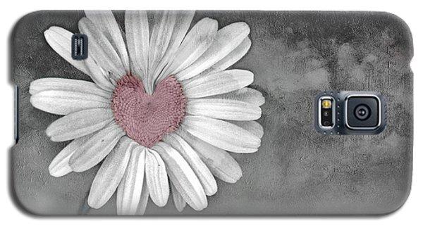 Heart Of A Daisy Galaxy S5 Case