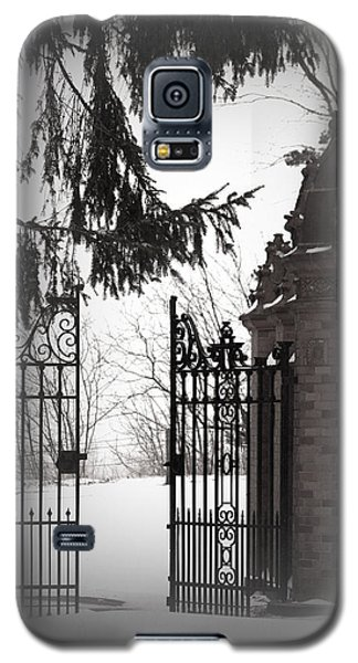 Galaxy S5 Case featuring the photograph Heaven Awaits by The Art Of Marilyn Ridoutt-Greene